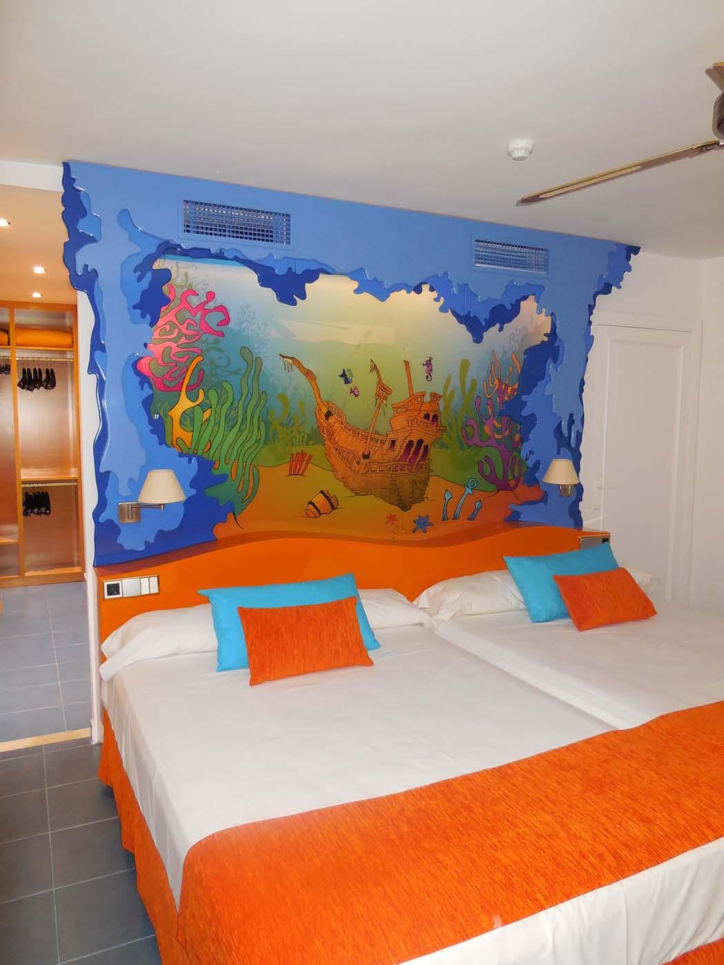 Habitaciones tematizadas hoteles playa senator web oficial for Habitacion familiar tenerife